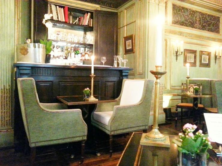 Le Dokhan's Bar