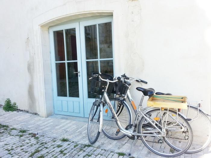 Ile de Ré - bikes everywhere!