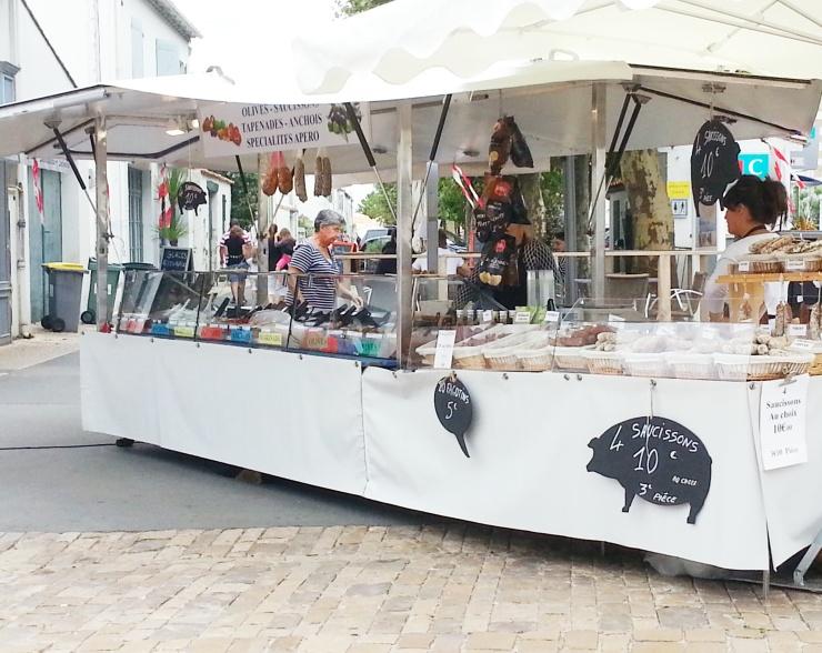 Ile de Ré - market at La Noue